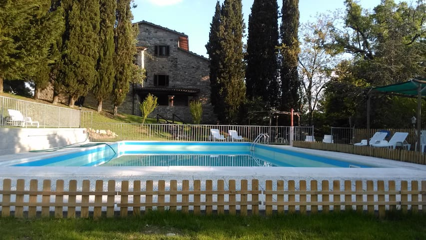 indipendent apartment Padronale 8/12 people 150 mq - Sansepolcro - Apartmen
