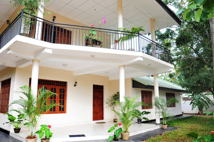 4 Bedroom Apartment - Ground Floor - Anuradhapura - Apartment