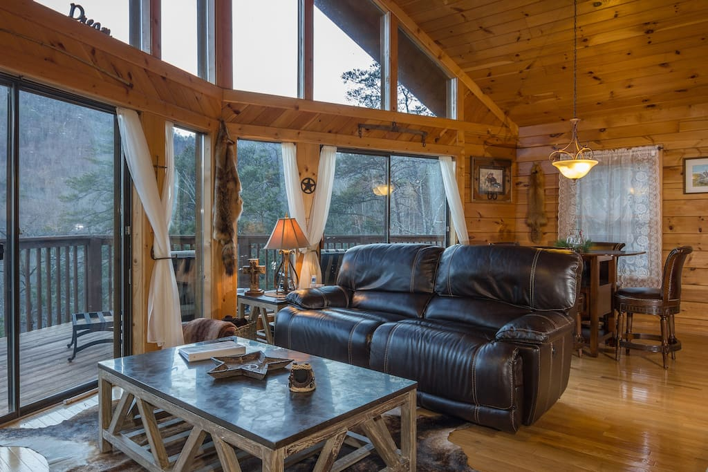 Relax In The Over-Sized Double Reclining Leather Loveseat Enjoying The Gorgeous Mountain Views!