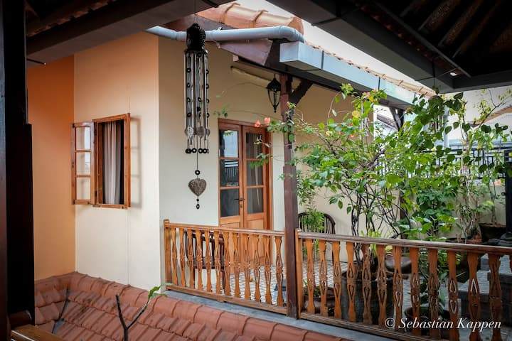 Room, Balinese style with European comfort