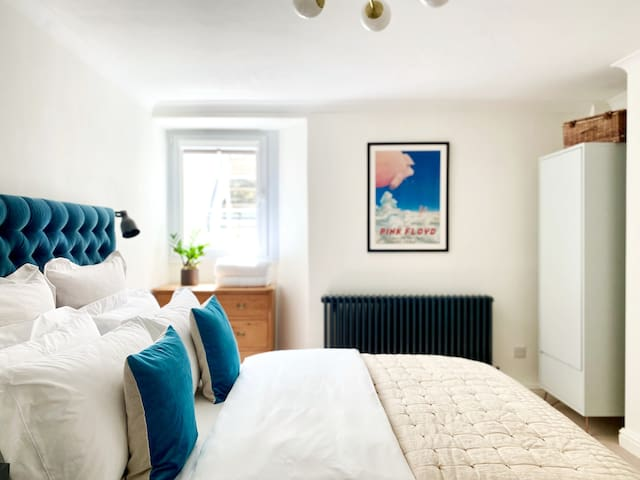 The tranquil and comfortable bedroom with King bed