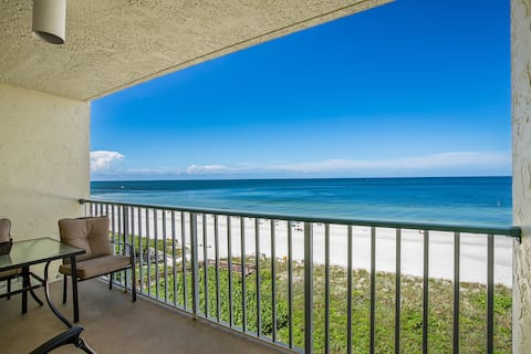 Fabulous Gulf views from the balcony of this beachfront unit !