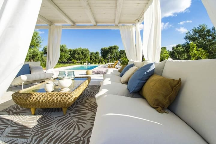 CiTrullo Dependance: lovely spaces, pool & sunsets