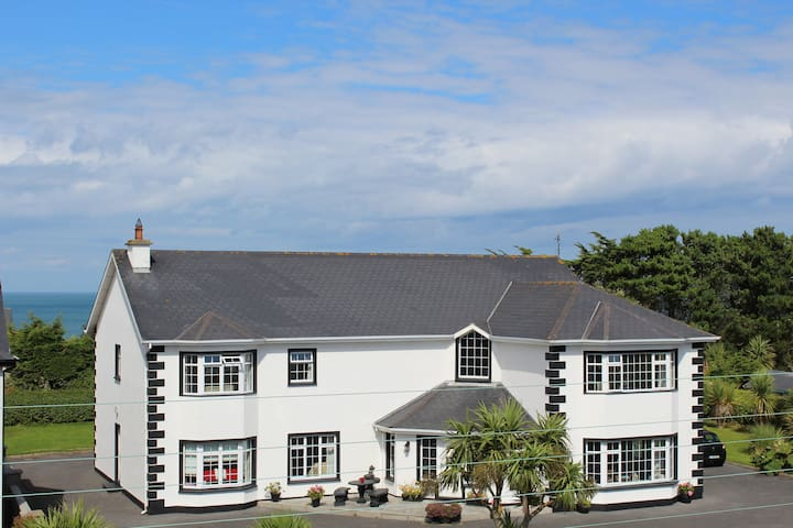 Oldcourt House Bed and Breakfast - Rosslare Harbour - Bed & Breakfast