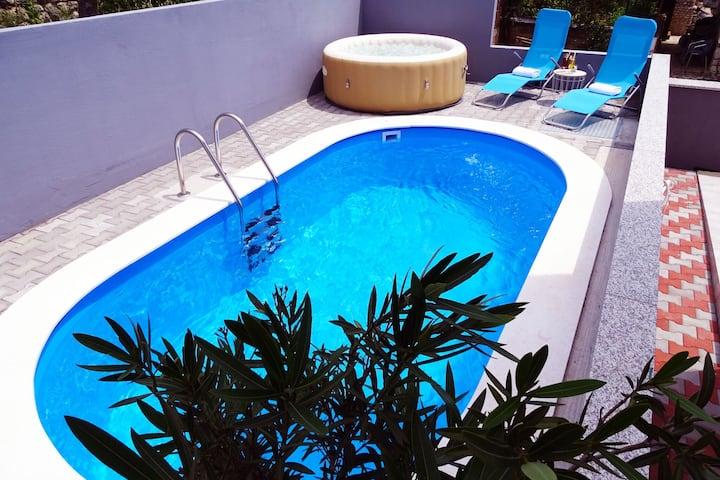 Modern Villa in Dramalj with Pool