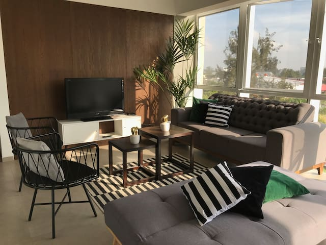 NEW LUXURY ENTIRE APARTMENT-CENTRAL 901 CD. GRANJA