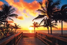 Sunsets & Sunrise are moments that can take your breath away, a memory for a lifetime.  Romantic & so BEAUTIFUL