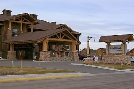 2BR in fantastic resort right outside Yellowstone - West Yellowstone - Condomínio