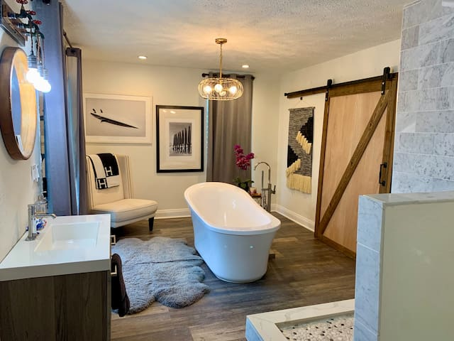 Master Bedroom and private bathroom