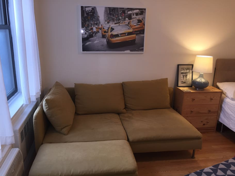 Spacious Master Bedroom 20 Mins Away From NYC Apartments For Rent In LONG I