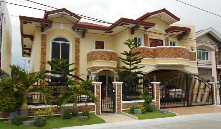 Gated Community in BF Resort Village near Airport