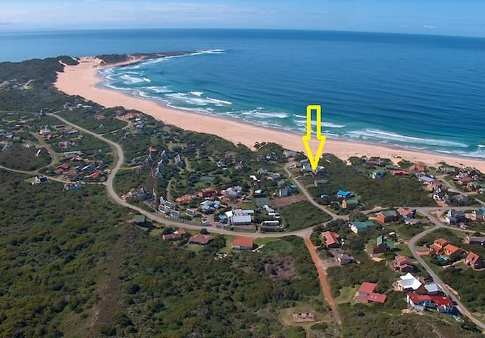 50m From the Spectacular Beach - Cape Saint Francis - Lägenhet