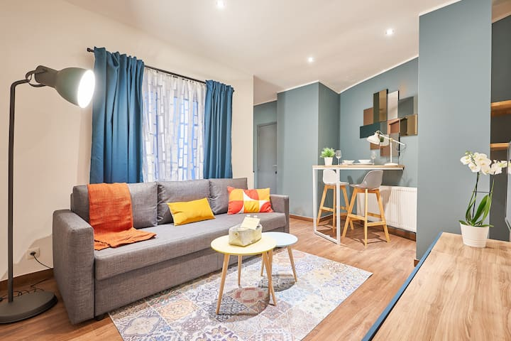 Modern Studio (D) minutes away from Grand Place