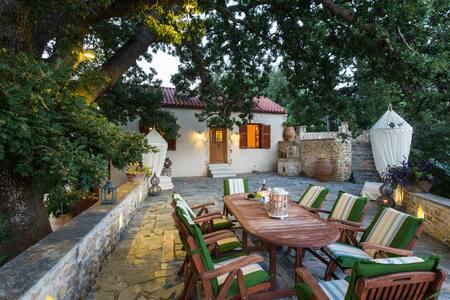 Villa Stimpolis