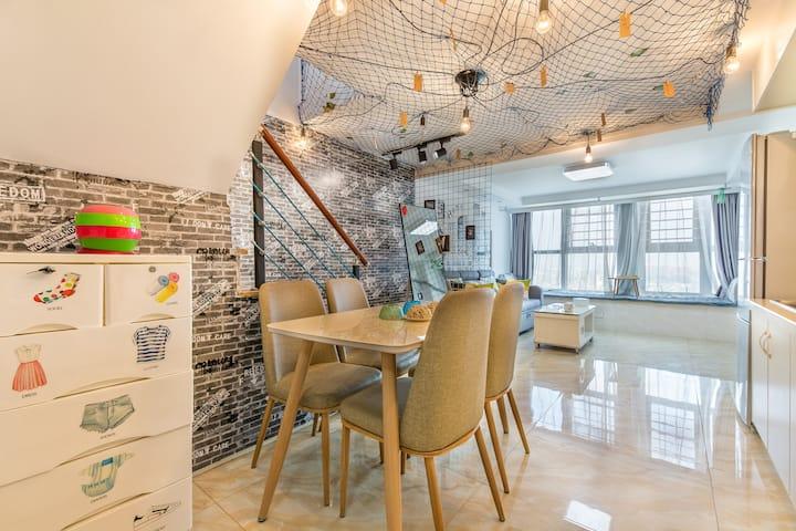 史来客出品:复古小庭观影房   复试loft公寓-近瘦西湖-万达广场‐和园‐三万景区