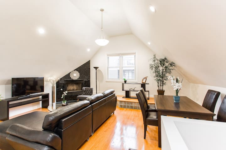 BIG APARTMENT NEXT TO WHOLE FOODS 8min TRAIN