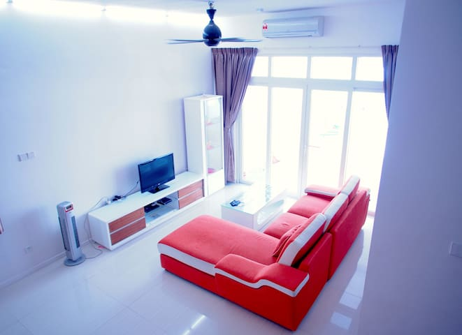 NEW 5Bedrooms Penang 4 Storey Landed House - ゲルゴー - 一軒家