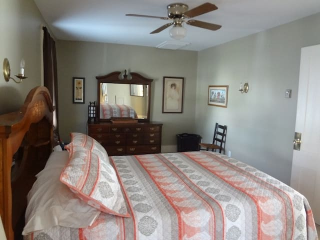 Crows nest lake view flat - Penn Yan - Apartamento