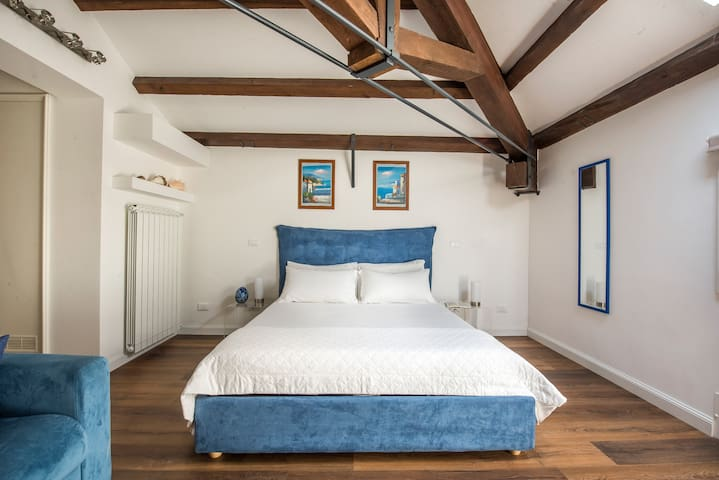 B&B Villa Liberty sul mare - Cobalto Room