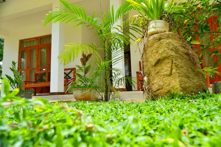 Dambulla Girilena Resort