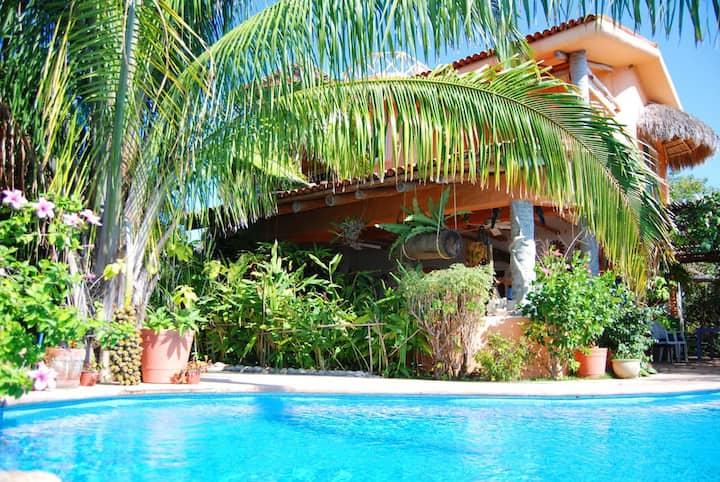 Casa ATZCALLI | Soleil Room