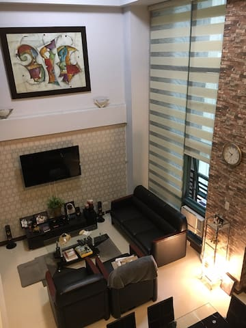 Live like A ROYALTY. LOFT Unit  Eastwood City