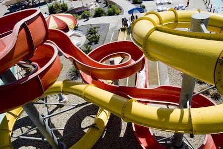 Wisc Dells Resort- 2 Bedroom w/ 4 Waterpark Passes