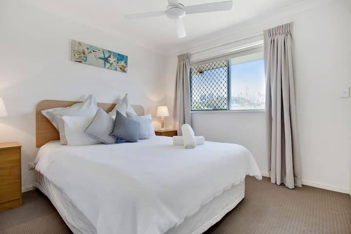 Jump into our cosy bed for a great nights sleep before you attack the beach tomorrow.