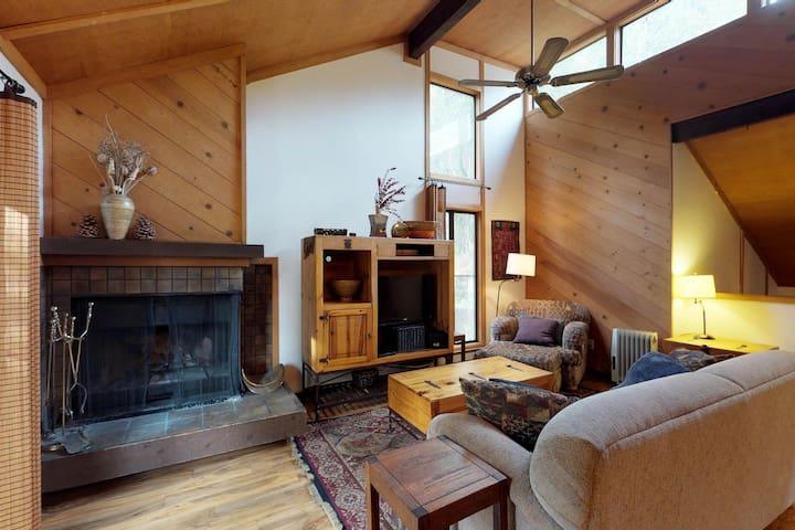 Dog-friendly condo w/ wood-burning fireplace, deck, shared pool, & hot tub