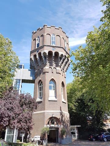 Watertoren in gezellig stadcentrum. - Middelburg - Apto. en complejo residencial