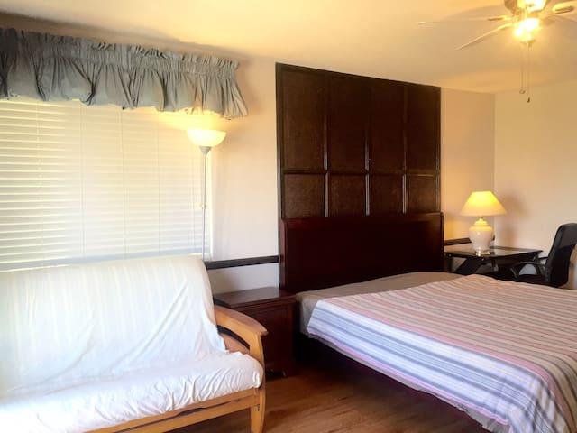 2bedroom/1bath with deck C型2房1卫带露台 - Walnut - Casa
