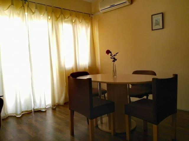 Apartment in quiet area - Šibenik - บ้าน