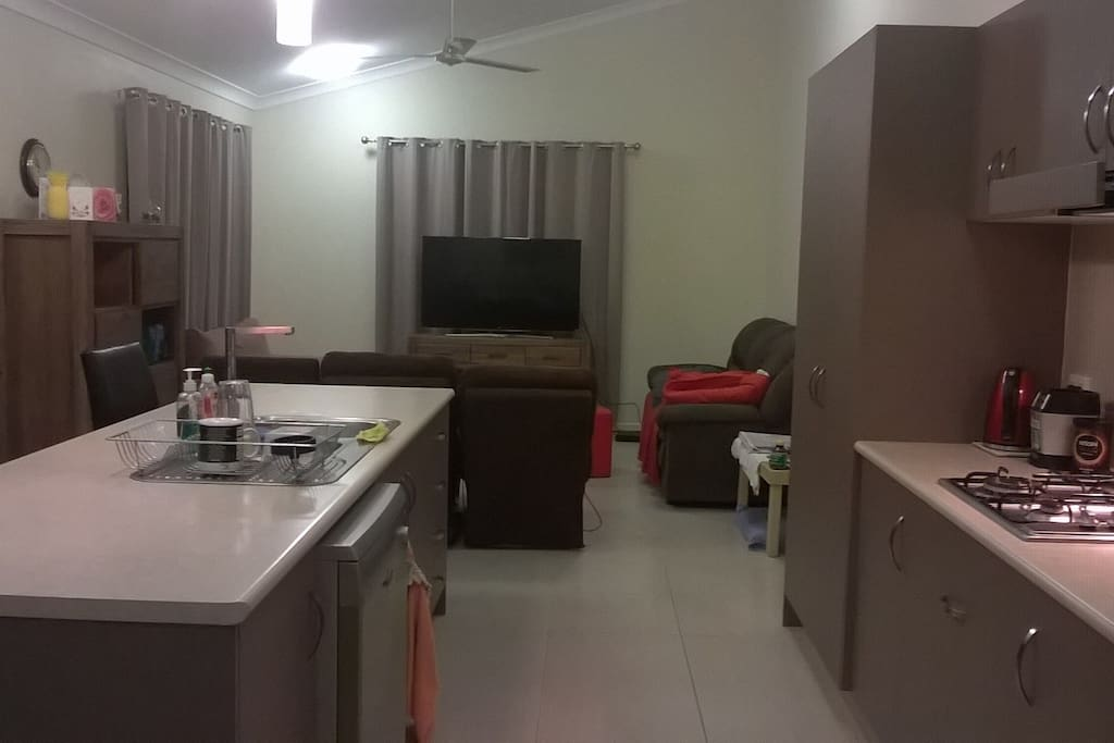 Dining/kitchen/lounge room