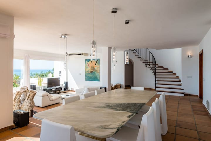 Luxury Sea View Villa 5 Bedroom in Ibiza - 伊比薩 - 別墅