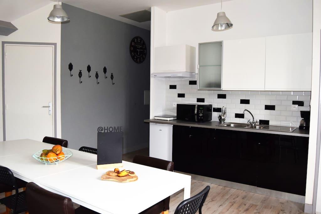 g te location meaux 8 personnes max proche disney appartements louer varreddes le de. Black Bedroom Furniture Sets. Home Design Ideas