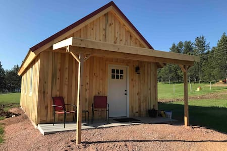 redblue CABIN Horse friendly, near trails
