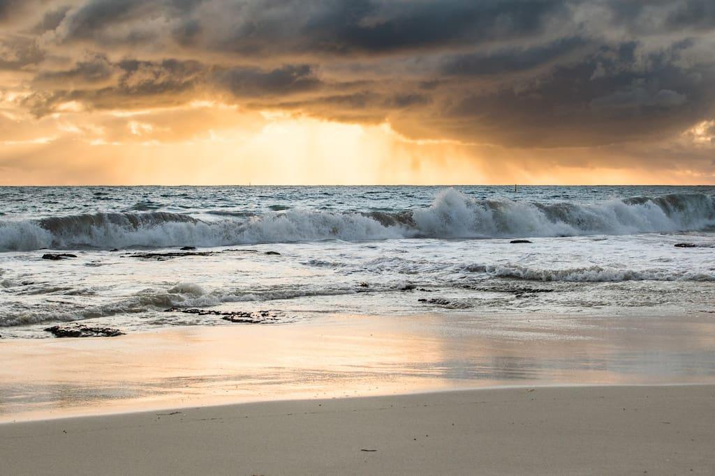 Mullaloo beach, a short walk down the hill
