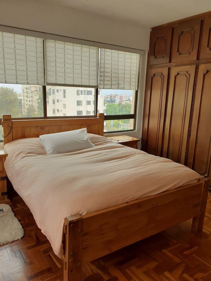 Dormitorio Comodo en la Mejor Ubicacion de Cocha