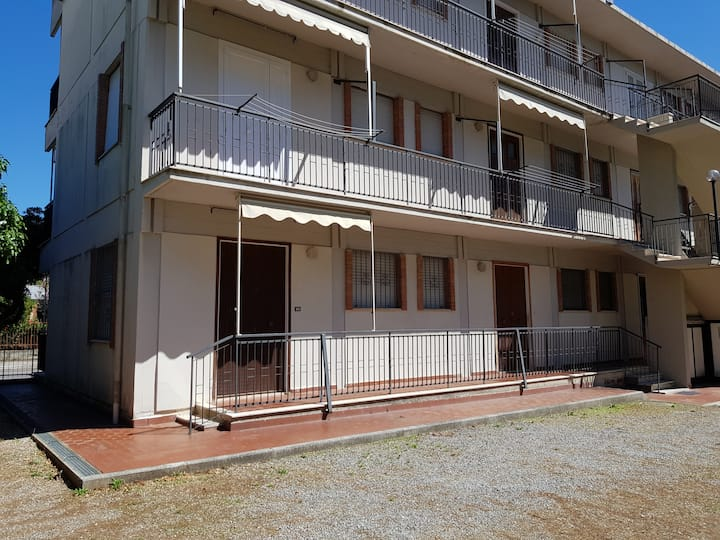 Grazioso appartamento per 4 pesone a Pratoranieri