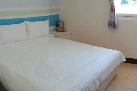 兩人房1 king double bed,at first floor - 台東市