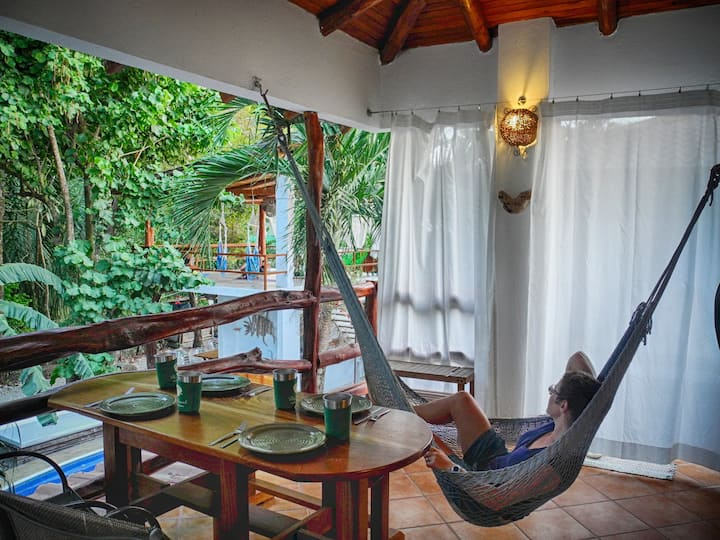 Villa Selva - a perch above the pool & jungle