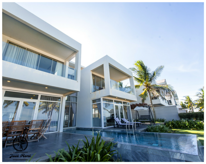 Views of the villa from the ocean direction. You only need to take a few steps to reach the beach!