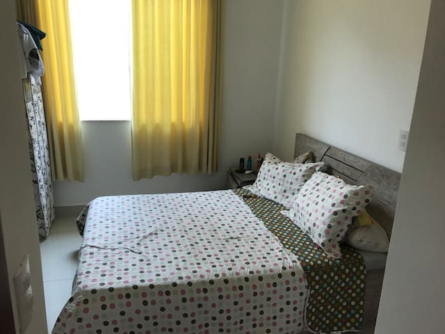 Suite em casa com piscina, churrasqueira. - São Luís - House