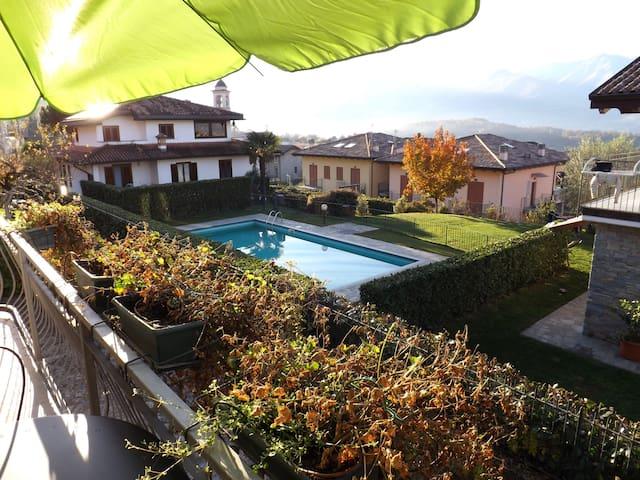 Villa Aurora with Depandance - Colico - Villa
