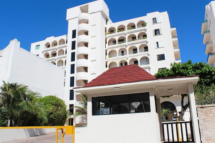 Villas Marlin Hotel Zone Apartment Beach Front