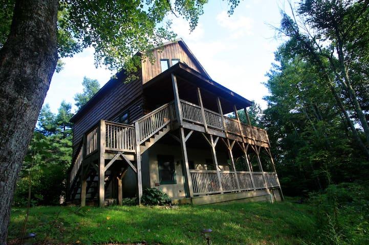 A Cabin in the Woods - Lenoir - Cabin