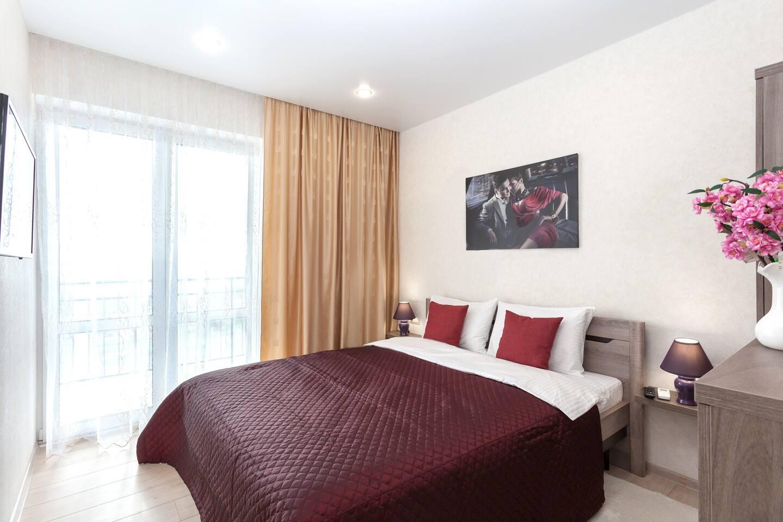 Шикарные апартаменты со свежим ремонтом в новом доме станут прекрасным местом для Вашего путешествия или рабочей поездки
