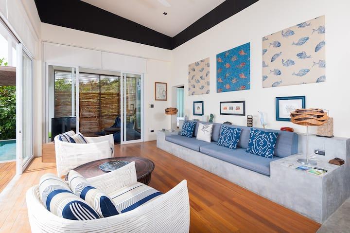 OverTheMoonKT Blue Villa Seaview