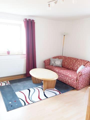 Sofa kann zu Schlafbett umfunktioniert und für den 5 Gast genutzt werden
