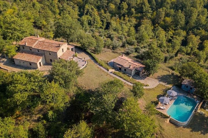 Villa Provincial en Preggio, Italia con piscina privada